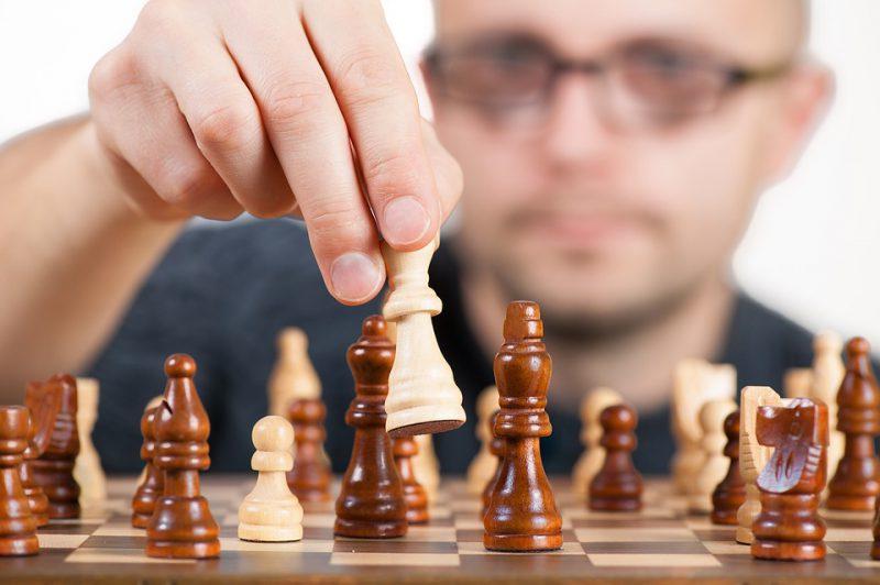 ランダムウォーカー的投資戦略